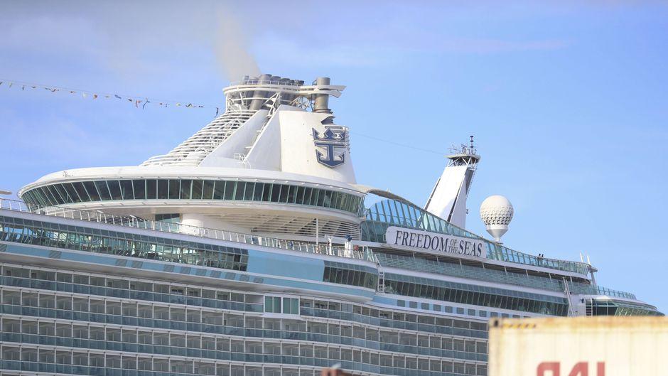 """Die """"Freedom of the Seas"""" im Hafen von San Juan, Puerto Rico."""