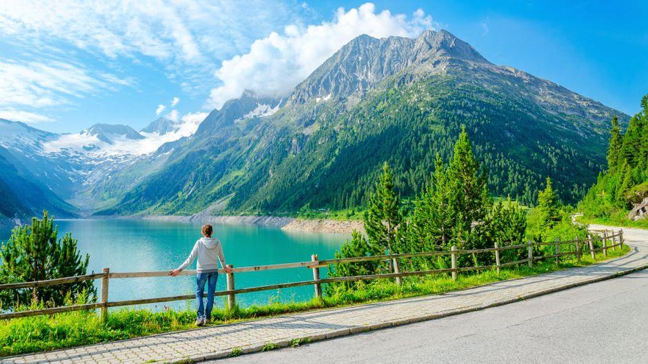 Berge und See bei Mayrhofen.