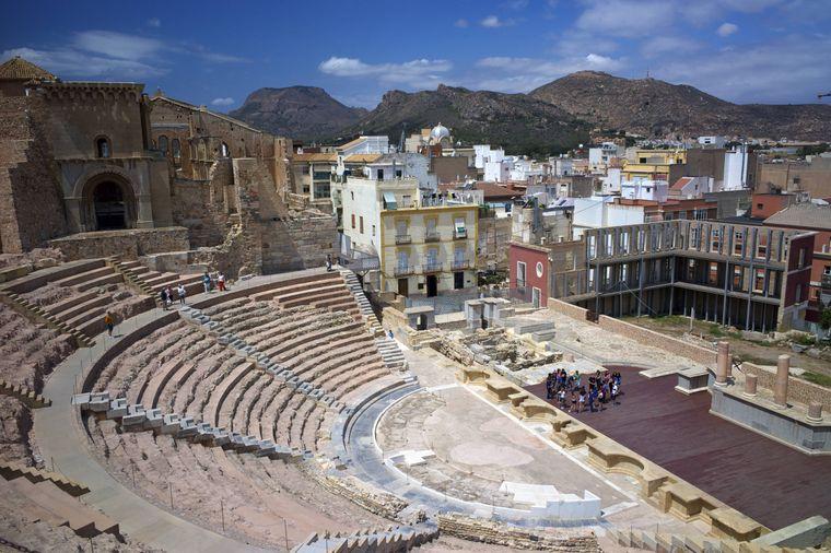 Das römische Theater gehört zu den antiken Ruinen in der Türkei, die noch am besten erhalten sind.
