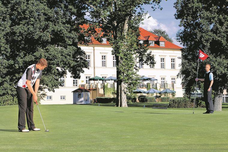 Große Ruhe und Frieden strahlt der Golfpark Teschow in der Mecklenburgischen Schweiz aus.