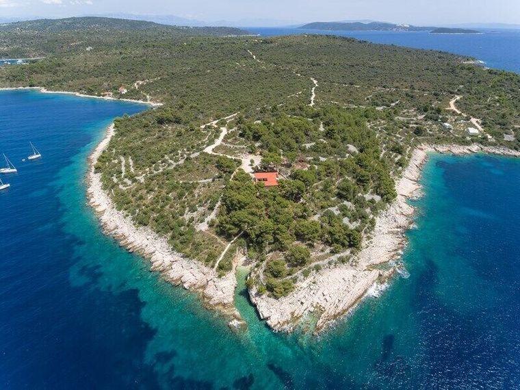 Diese kroatische Hacienda befindet sich direkt am Mittelmeer.