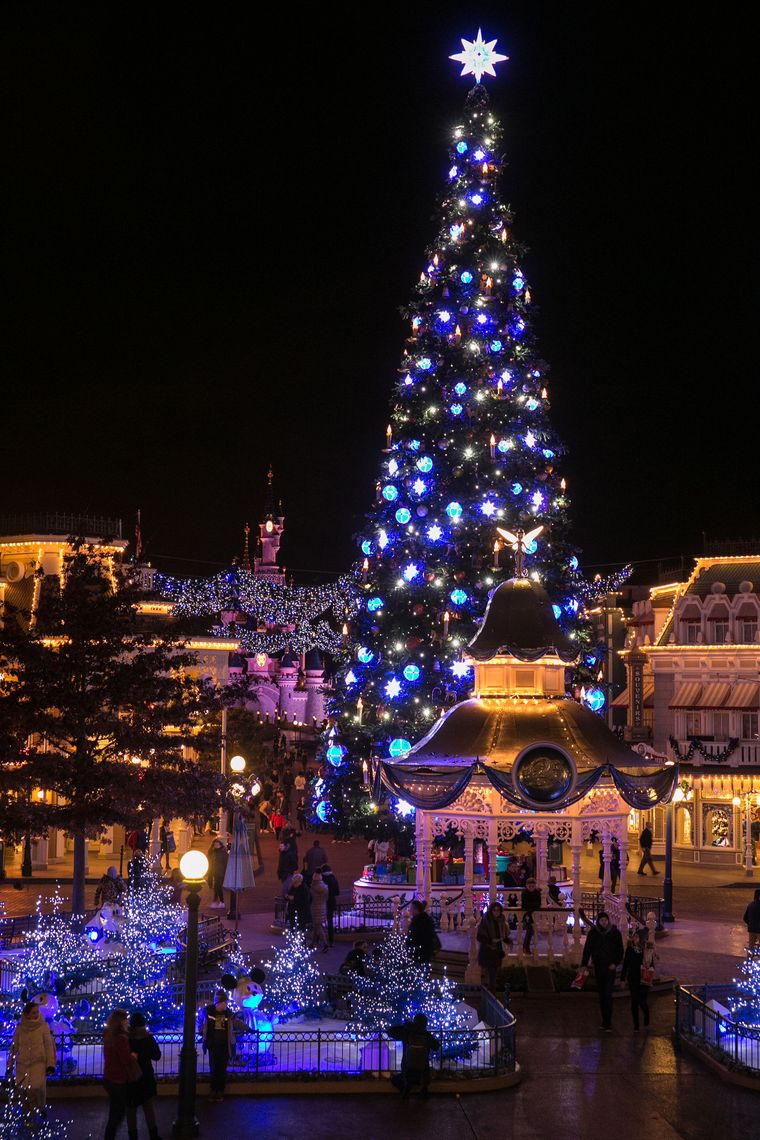 Weihnachten im Disneyland Paris.