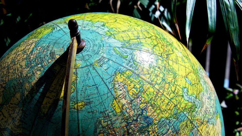 Ein Blick auf den Globus und du kennst die Welt. In Bremerhaven umrundest du unsere Erde in nur vier Stunden.