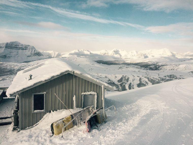 Ein Haus im Sunshine Village, einem der ältesten Ski-Resorts in Kanada.