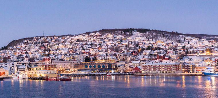 Die norwegische Stadt Tromsø liegt nördlich des Polarkreises.