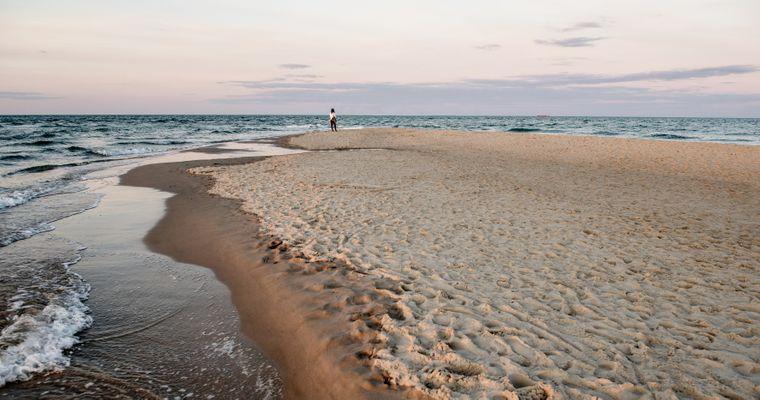 Der einzige Campingplatz in Skagen liegt etwa 2,3 Kilometer von der berühmten dänischen Landzunge Grenen entfernt direkt an einem Badestrand.