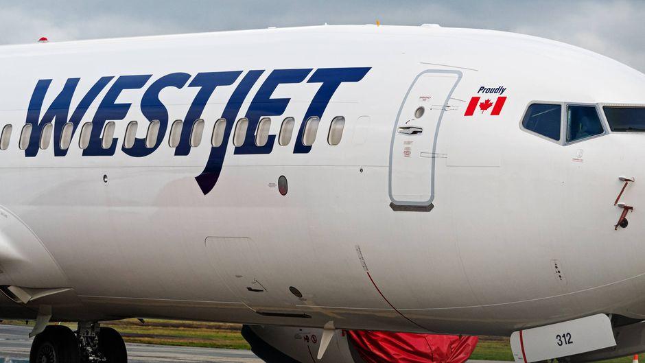 Eine Boeing 737 Max 8 der kanadischen Airline Westjet.