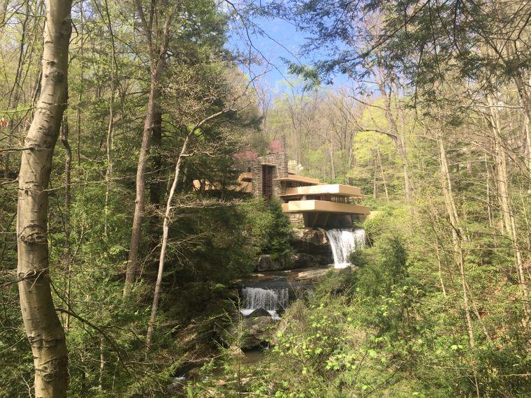 Fallingwater gilt als das Meisterwerk des Architekten Frank Lloyd Wright.