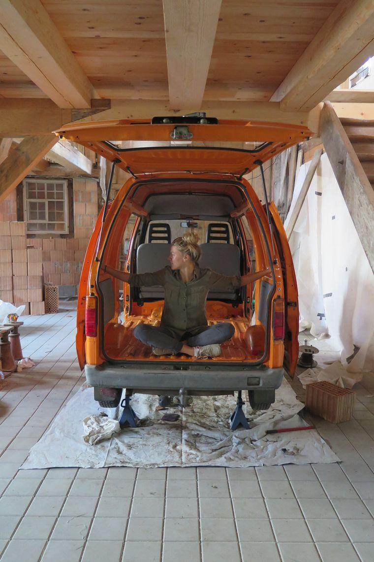 Körmis Bachelor-Projekt: ein Drei-Quadratmeter-Minivan-Mobil bauen.