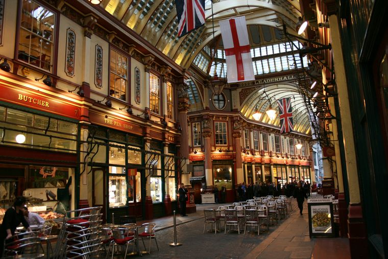 Leadenhall Market ist ein überdachter Markt in der City of London.