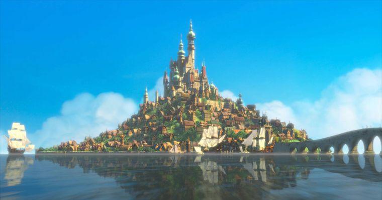 """Rapunzels Schloss in dem Film """"Rapunzel – neu verföhnt"""" (Englisch: Tangled)."""