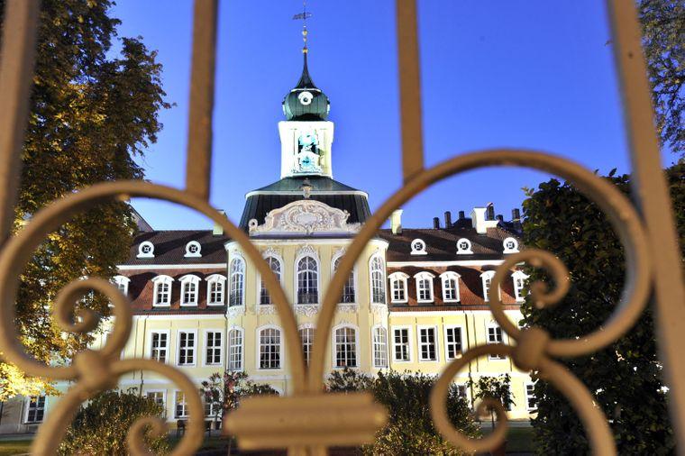 Das Gohliser Schlösschen: Das Rokokogebäude wurde 1754 bis 1756 als Sommersitz des Ratsherrn und Kaufmanns Johann Caspar Richter erbaut.