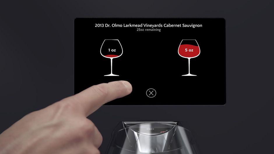 In diesem Hotel bekommst du Wein aus dem Automaten – direkt auf dem Zimmer.