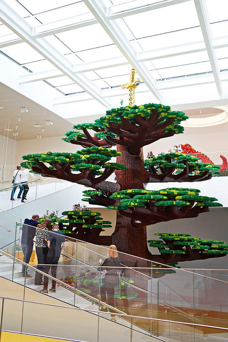 Langlebig: Im Lego House in Billund steht auch ein Baum aus Legosteinen.
