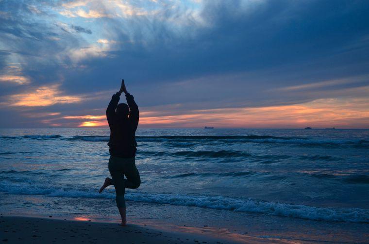 Die Nordsee ist wild und beruhigend zugleich. Bei Sonnenuntergang ist die Atmosphäre besonders beruhigend.