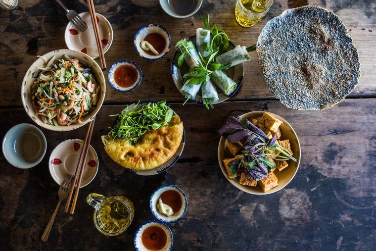 Viele Reisende wissen die Vielfalt der vietnamesischen Küche zu schätzen.