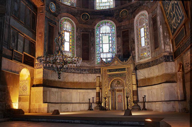 Auch von innen ist die Hagia Sophia in Istanbul absolut sehenswert.