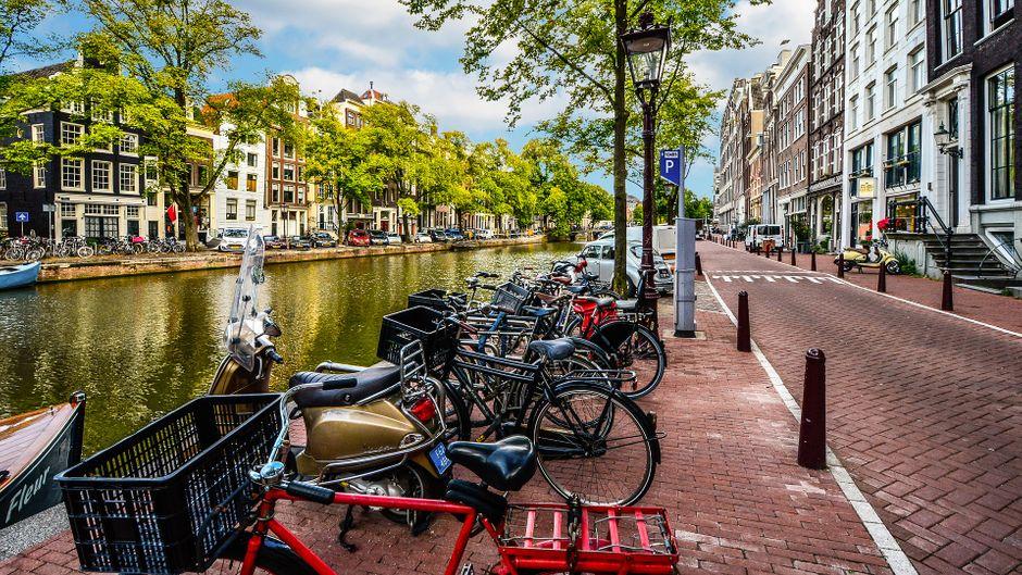 Amsterdam ist eine der europäischen Städte mit den teuersten Airbnb-Unterkünften.