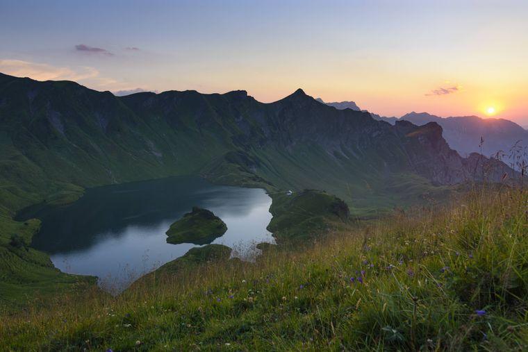 Das ist nicht Norwegen, das sind die Allgäuer Alpen: Hier befindet sich der Schrecksee.