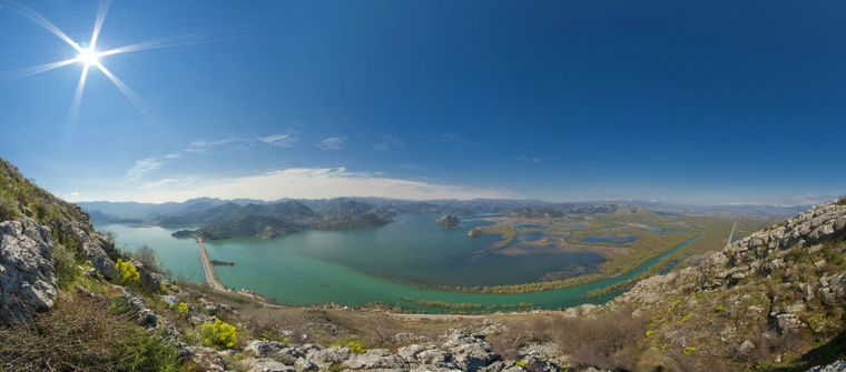 Der Lake Skadar in Montenegro.