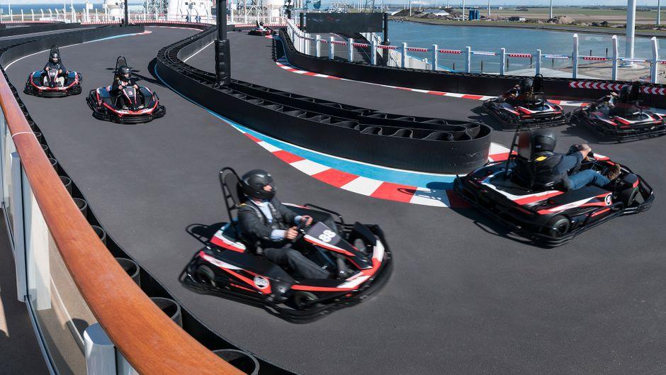 So sieht die Go-Kart-Bahn auf dem Kreuzfahrtschiff aus.