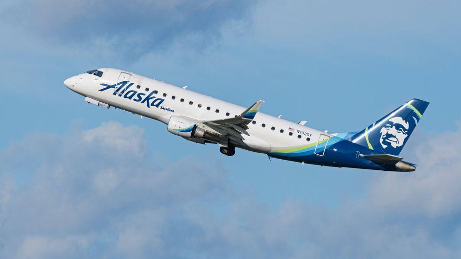 """Alaska Airlines nutzt den 80er-Jahre-Song """"Safety Dance"""" für ihr neues Corona-Sicherheitsvideo. (Symbolbild)"""