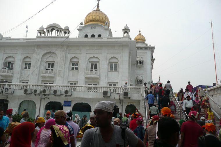 Sikh-Tempel Gurudwara Bangla Sahib in Neu Delhi