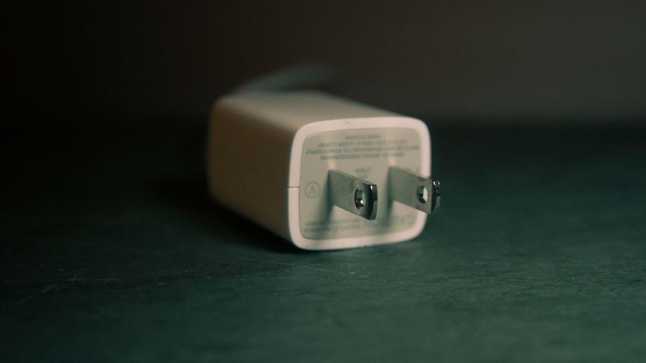 Stecker des Typs A sind in den USA geläufig. Ein Reiseadapter sollte auf keiner Reise fehlen.