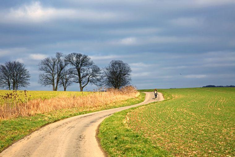 Das Bergische Land ist eine Kulturlandschaft mit Wiesen, Weiden und Wald sowie landwirtschaftlichen Nutzflächen zwischen Velbert und Wuppertal.