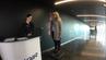 Finnair wiegt seine Passagiere vor dem Abflug in Helsinki.