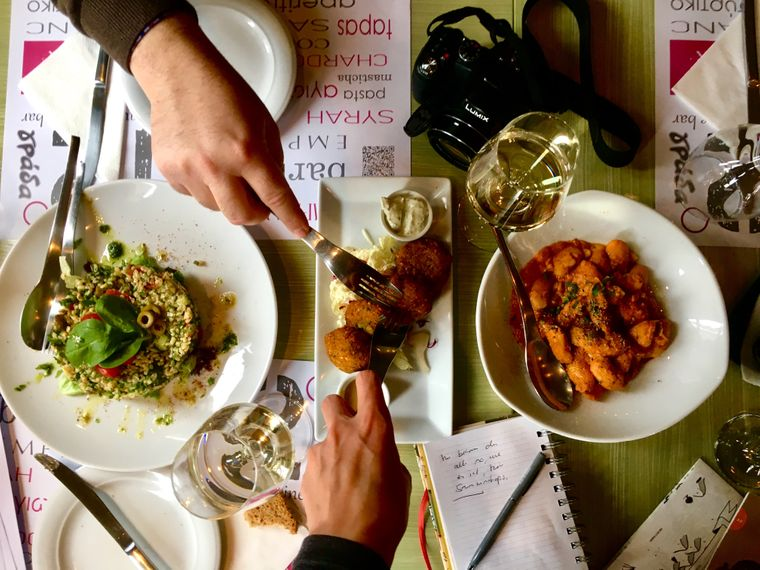 Essen im griechischen Restaurant.