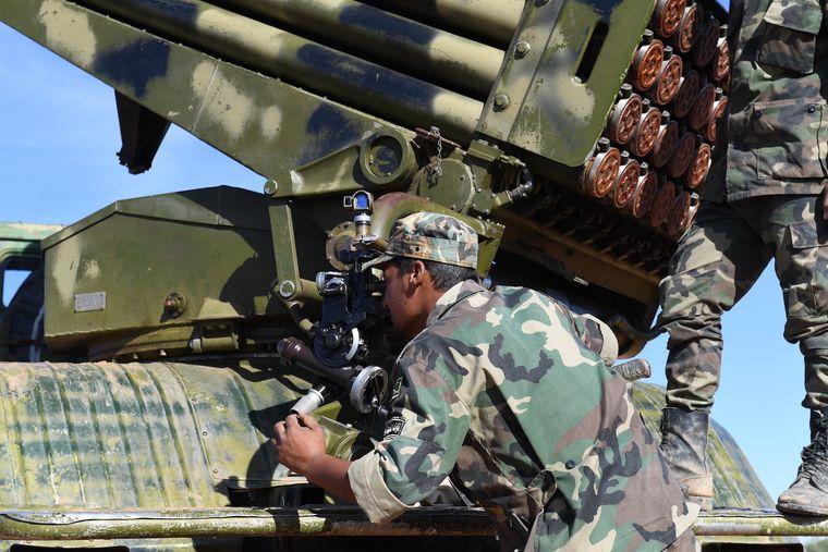 Syrische Soldaten in Manbij.