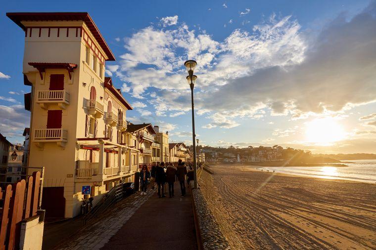 Die wunderschöne Promenade Jacques Thibaud in Saint-Jean-de-Luz.