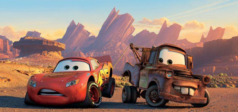 Die Disney-Komödie für Autofans spielt in den USA.