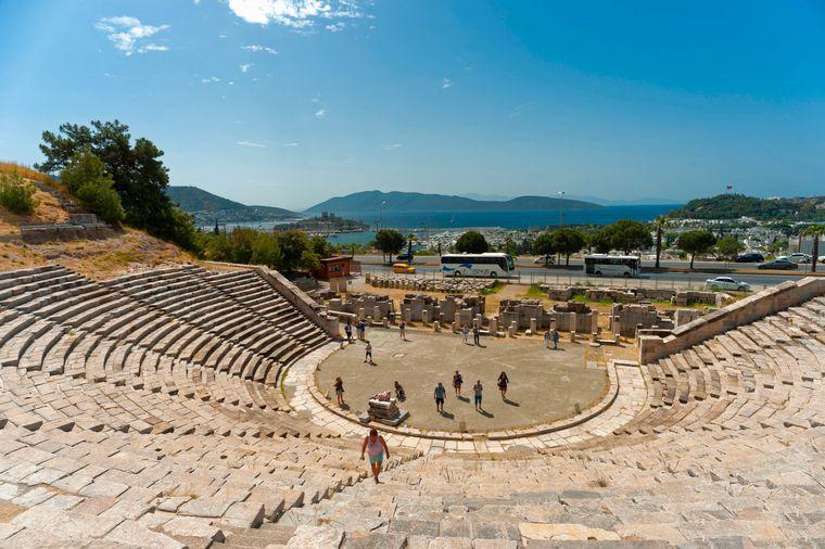 Das antike Amphitheater von Halikarnassos wird auch heute noch für Veranstaltungen genutzt.
