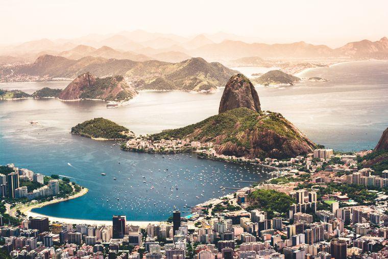Samba am Strand und Selfie mit Zuckerhut: Ab nach Rio de Janeiro in Brasilien.