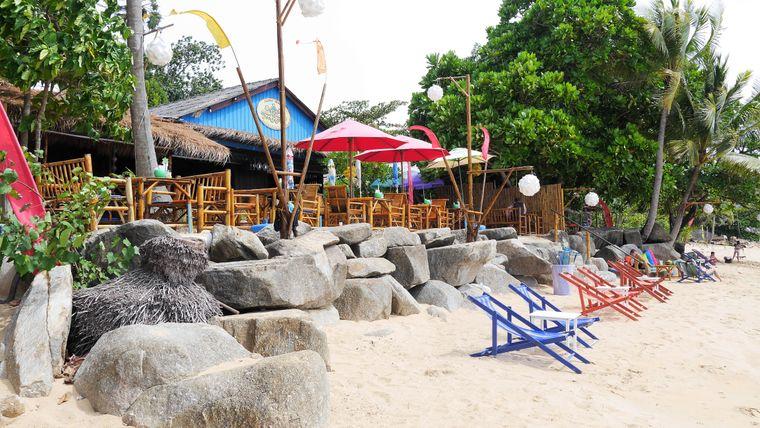 Der Name ist Programm: Direkt vor dem Treehouse liegt der Silent Beach, an dem du auch in der Hauptsaison fast allein bist.