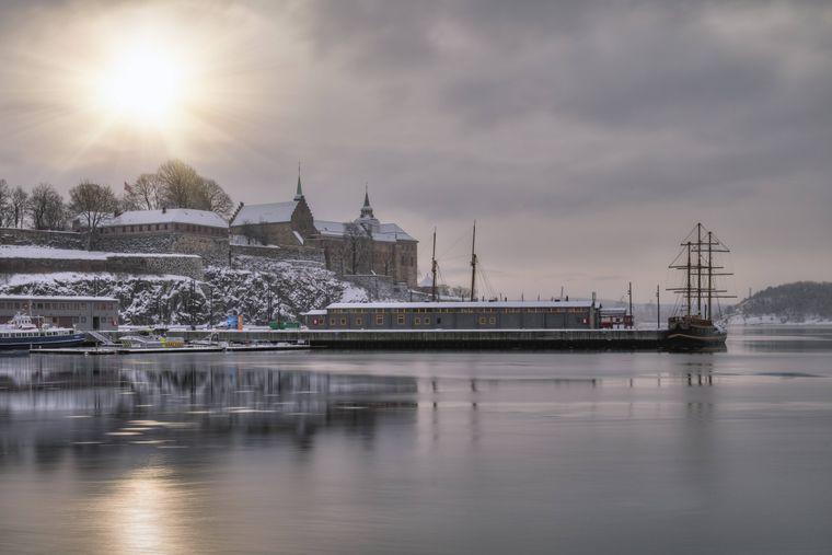 Festung Akershus in Oslo, Norwegen, im Winter.