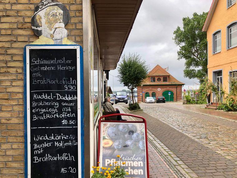 So muss eine Speisekarte (in Maasholm) aussehen!