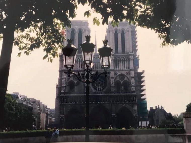 """""""In Erinnerung an unsre Abschlussfahrt nach Paris"""" – schreibt Stephanie Häusele zu ihrem Foto."""