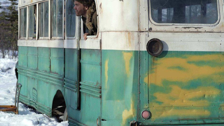 """Der Bus zur Geschichte von """"Into the Wild"""" zieht immer wieder Touristen an."""