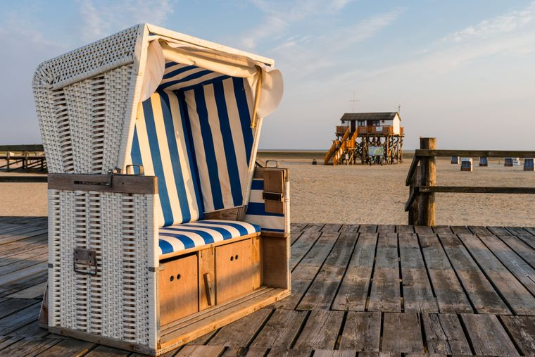 Strandkorb am Strand von Sankt Peter-Ording.