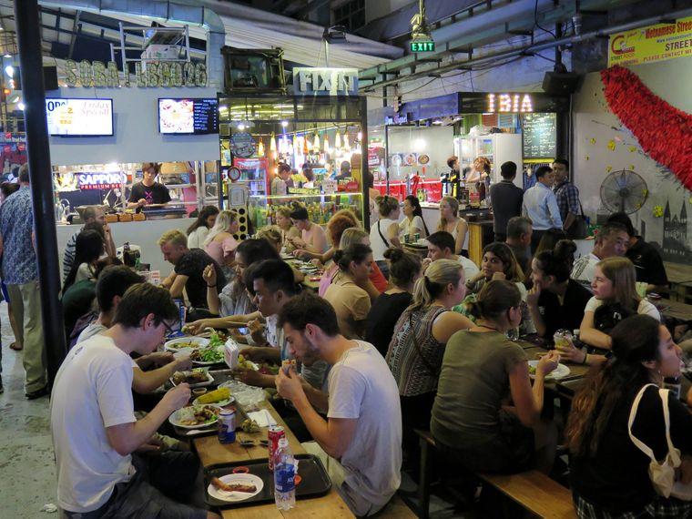 Street-Food-Markt in Ho-Chi-Minh-Stadt.