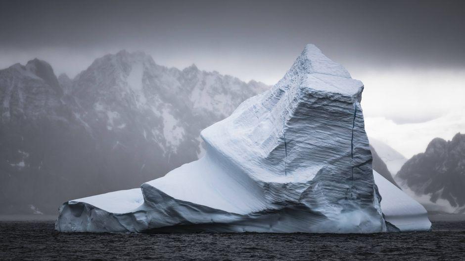 Ein Eisberg in der Antarktis. Polar-Kreuzfahrten bot lange solche Sichtungen und Erlebnisse an – nun musste das Unternehmen den Betrieb einstellen.
