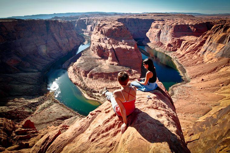 Die USA – was sollen wir da noch sagen? Der Horseshoe Bend in Arizona ist nur eine von unzähligen atemberaubenden Sehenswürdigkeiten in den Vereinigten Staaten. Egal ob du Natur willst oder Großstadt: Du bist hier richtig.