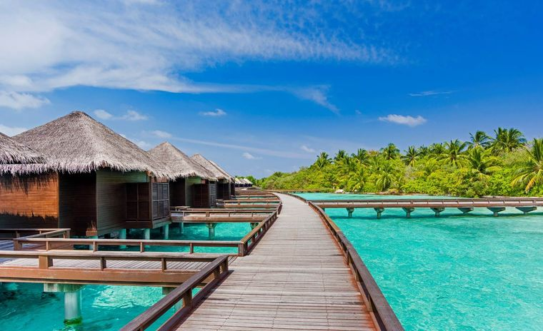 Das Sheraton Maldives Full Moon Resort & Spa auf der Insel Furanafushi im Nord-Malé-Atoll ist eines der drei ältesten Resorts der Malediven.