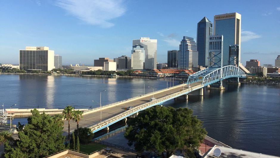 Jacksonville (Florida) ist die flächenmäßig größte Stadt der USA und liegt im Nordosten.