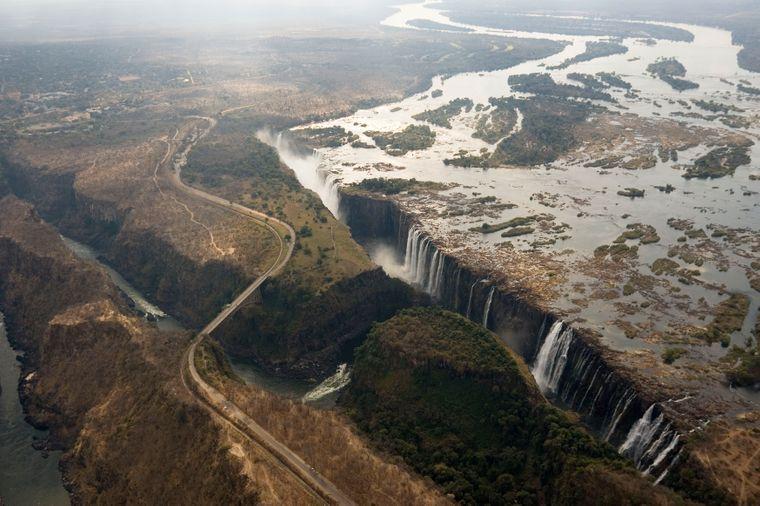 Die Victoriafälle zwischen Simbabwe und Sambia gehören seit 1989 zum Unesco-Weltnaturerbe.