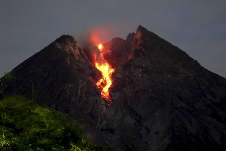 Der Mount Merapi bei einem Ausbruch im März 2019.