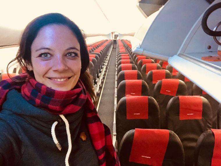 "reisereporterin Lena in ""ihrem"" Privatjet."